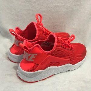 Nike Air Huarache Run Ultra Bright Crimson/White